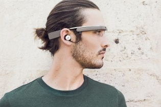 The Latest Version of Google Glass Is Reportedly Powered by Intel
