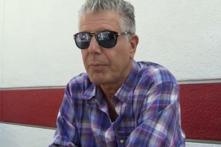Anthony Bourdain Extolls the Virtues of In-N-Out Burger