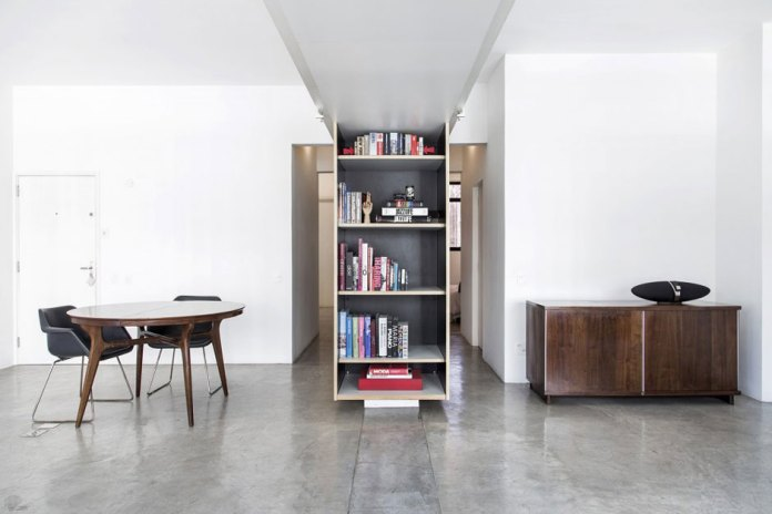 Apartment at Paulicéia Building by JPG.ARQ