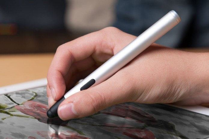 Apple Rumored to Release iPad Pro with Stylus