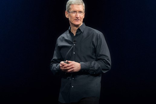 Apple's CEO Tim Cook Receives $9.22 Million USD Compensation in 2014