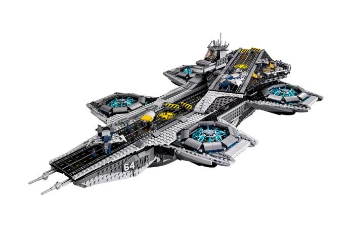 A First Look at LEGO's Avengers' S.H.I.E.L.D. Helicarrier Set
