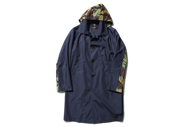 Fox Umbrellas x SOPHNET. 2015 Spring/Summer Soutien Collar Raincoat