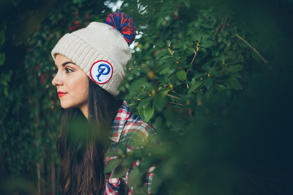 "Sneaker Politics x Mitchell & Ness Patriot Beanie with Pom ""Oatmeal"""