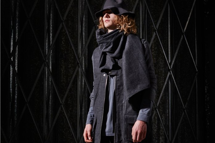 Tourne De Transmission 2015 Fall/Winter Collection