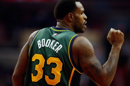 Watch Utah Jazz Basketball Player Trevor Booker's Amazing Backward Volleyball Shot