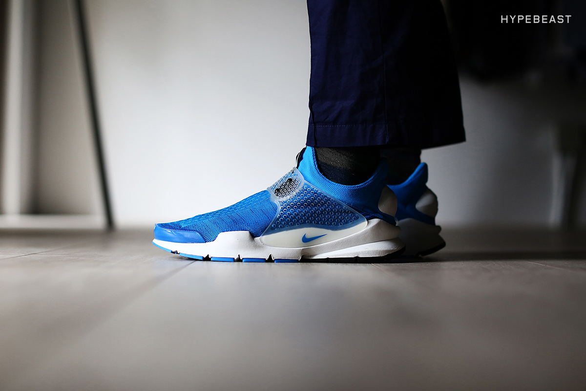 "A Closer Look at the fragment design x NikeLab Sock Dart ""Pool Blue"""