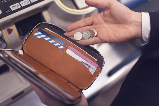 Bellroy The Carry Out Wallet