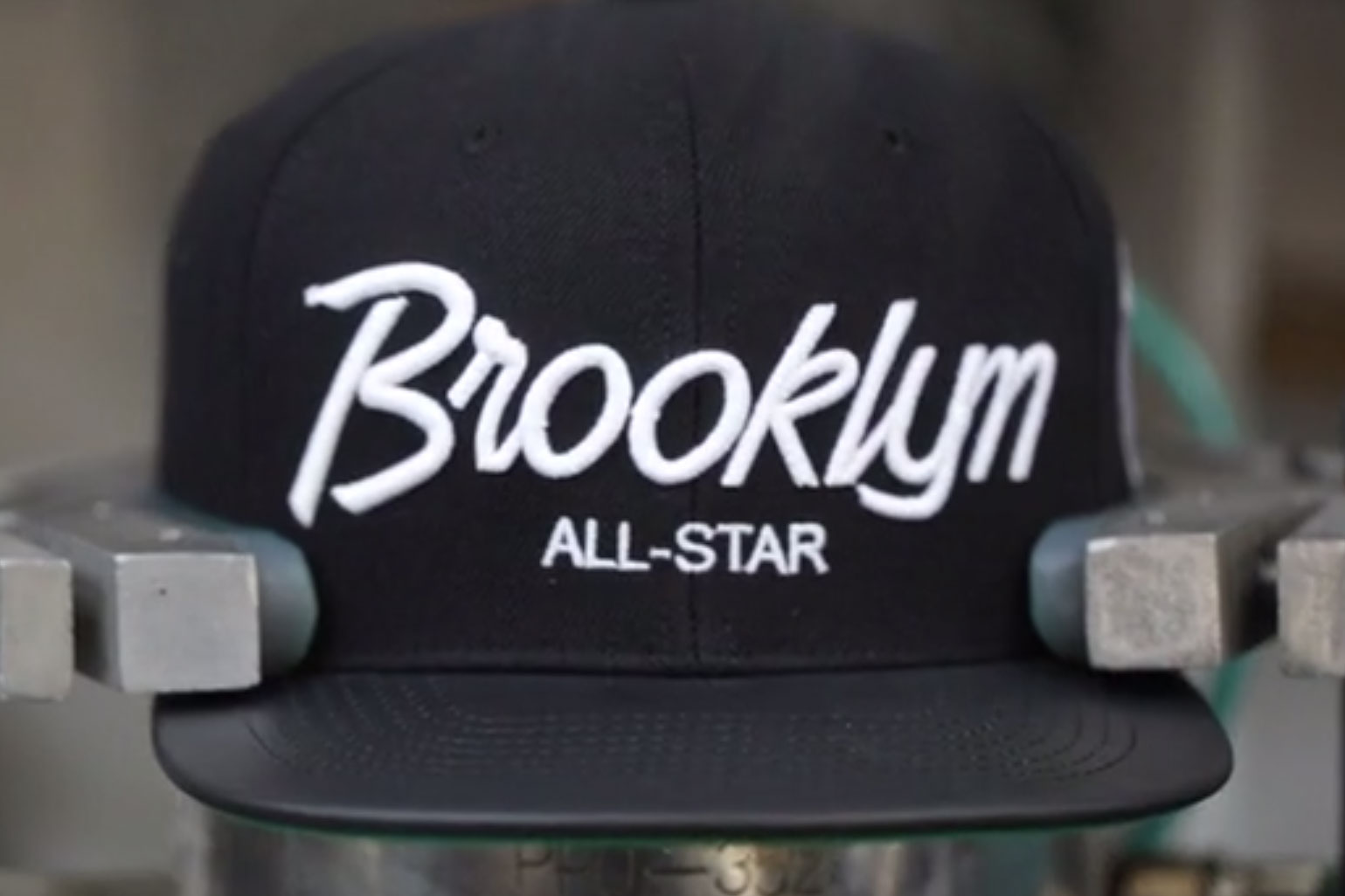 """A Look at the Manufacturing Process of Mitchell & Ness' """"New York & New York"""" Snapback"""