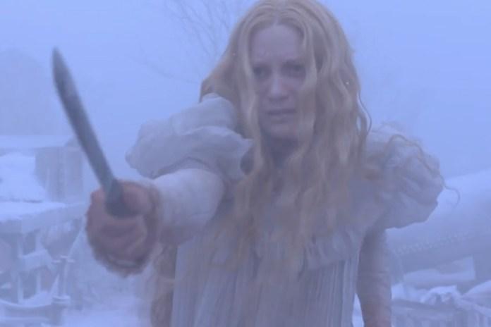 Guillermo del Toro's 'Crimson Peak' Trailer Starring Tom Hiddleston and Jessica Chastain