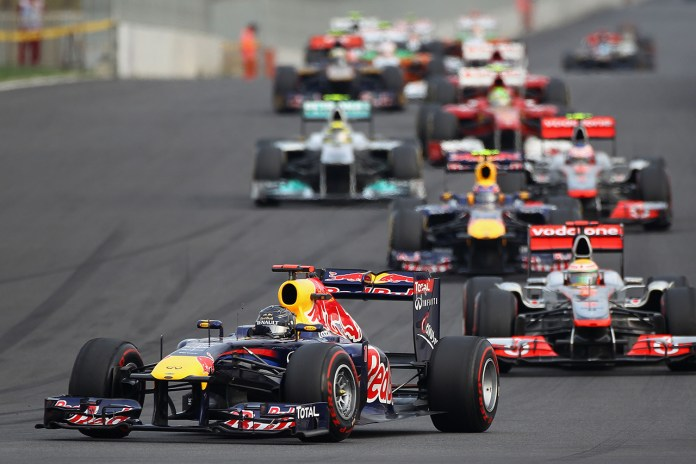F1 Racing Looks to Introduce 1,000 Horsepower Engines in 2017