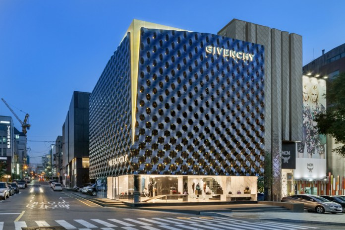 Inside Givenchy's New Seoul Store by Piuarch