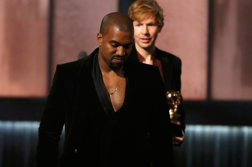 Kanye West Apologizes to Beck and Bruno Mars on Twitter