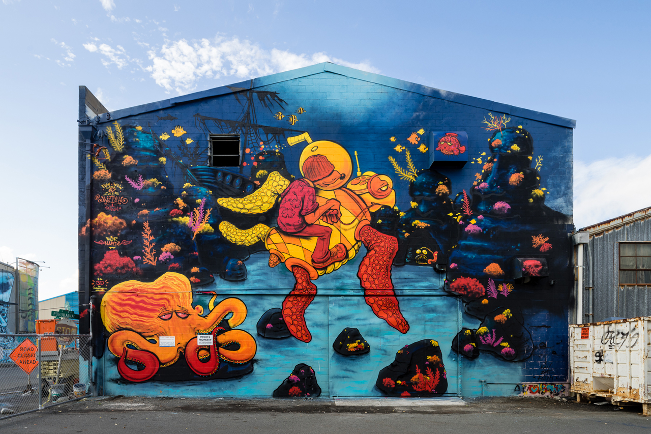 James Jean, Kevin Lyons and Tristan Eaton Take Over Honolulu Wallscape for POW! WOW! Hawaii 2015