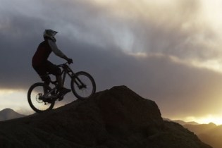 """""""Riding on Thin Air"""" - Downhill Mountain Biking in the Himalayas"""