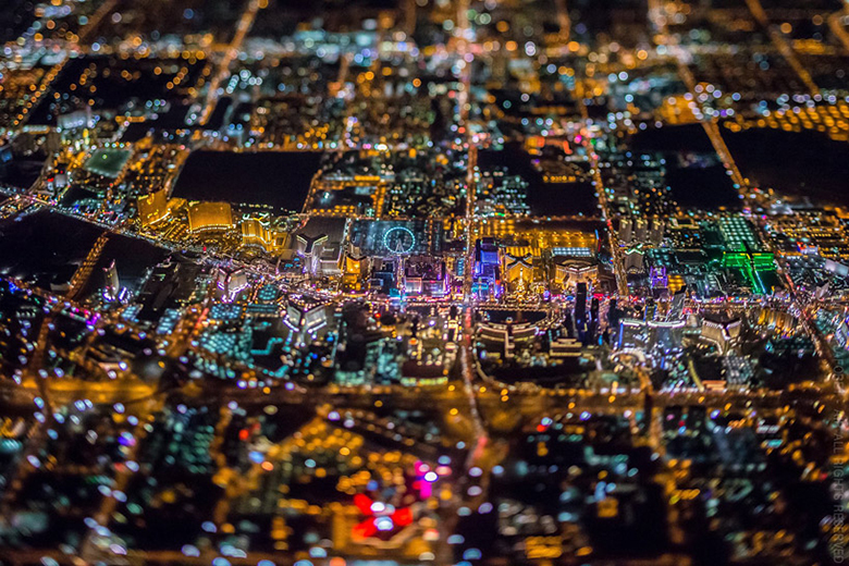 Vincent Laforet's Photos Makes Las Vegas Look Like a Motherboard