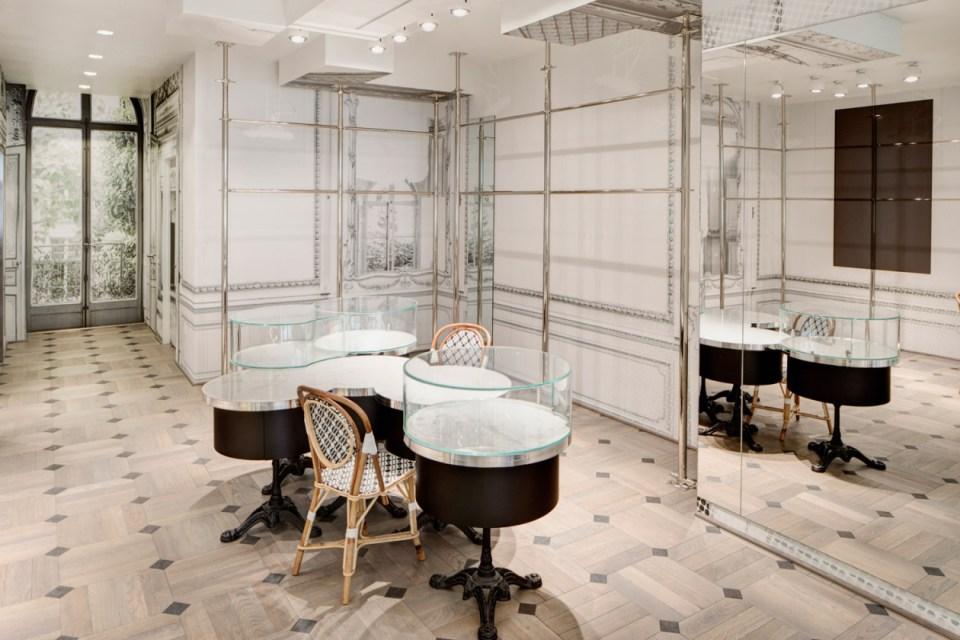 A look inside maison margiela 39 s san francisco store for Interieur yeezy