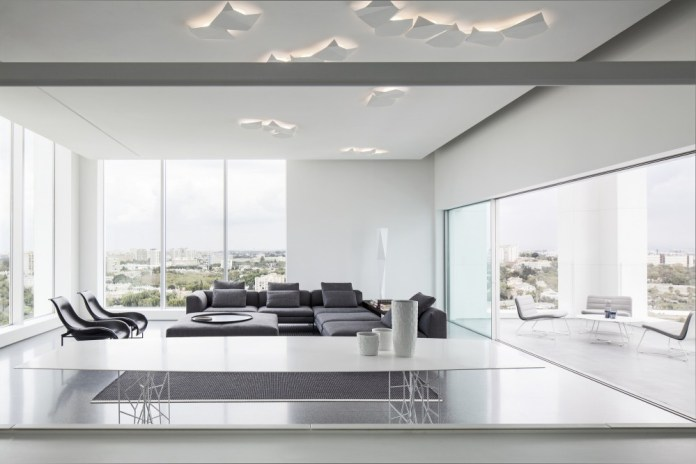 Layers of White Penthouse in Tel Aviv by Pitsou Kedem Architects