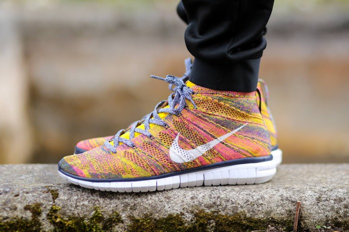 Nike Free Flyknit Chukka Midnight Navy/White-True Yellow