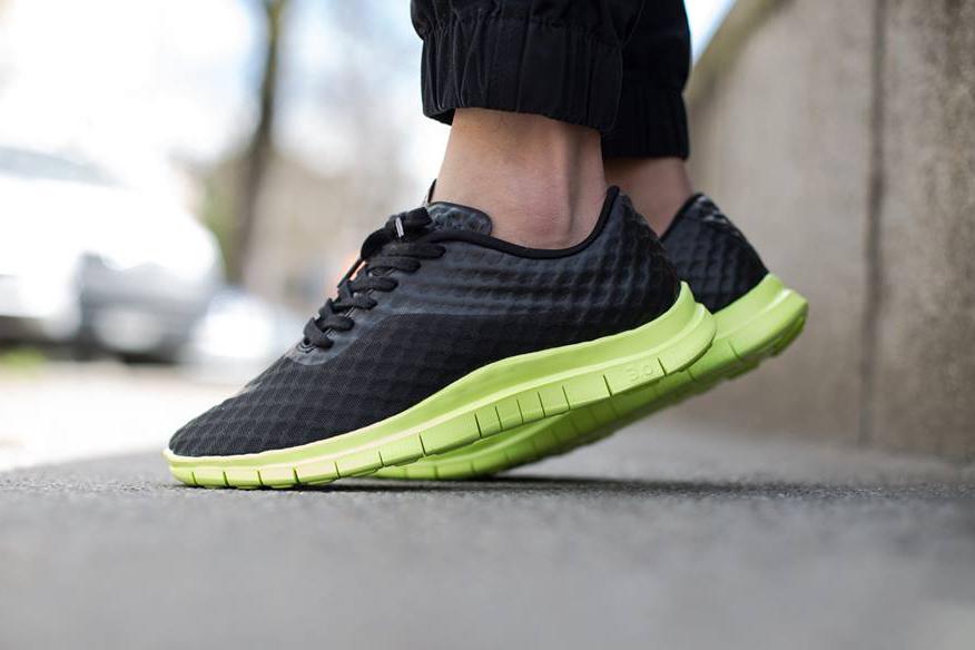 Nike Free Hypervenom Low Black/Volt