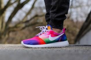 Nike Roshe Run Print Court Purple/White-Total Crimson