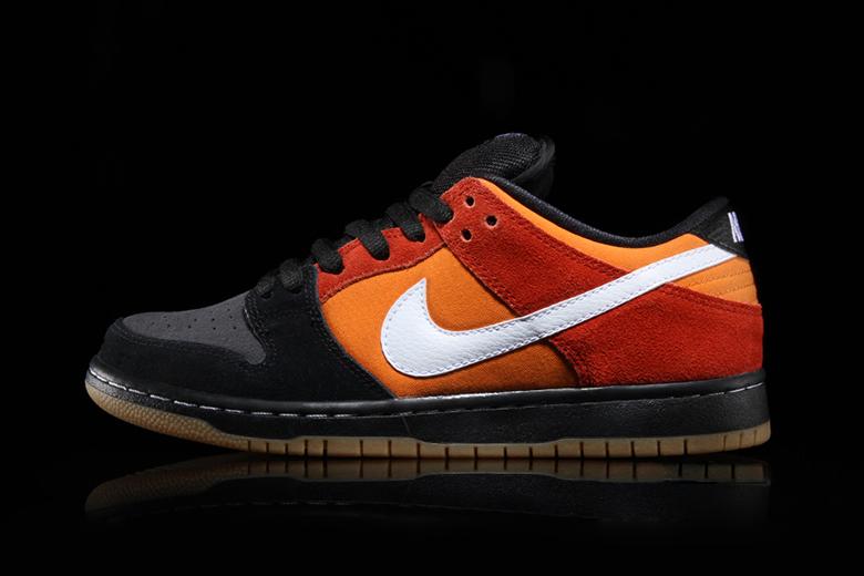 separation shoes 29f3b 68bdd Nike SB Dunk Low Pro BlackCinnabar  HYPEBEAST
