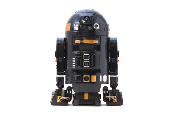 "Star Wars ""R2-Q5"" Virtual Keyboard"