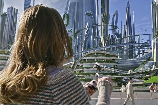'Tomorrowland' Trailer Starring George Clooney and Hugh Laurie