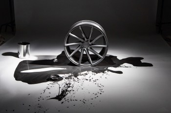 Vossen Unveils its CVT Gloss Graphite Wheels