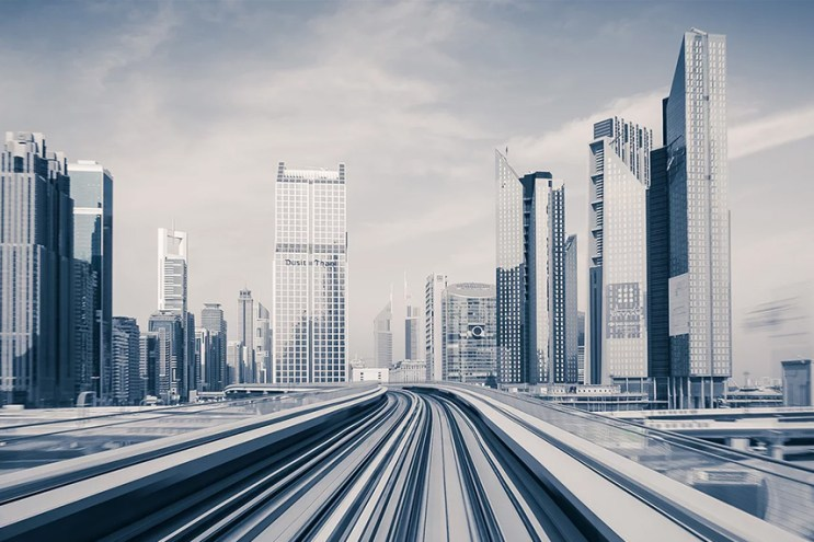 A Beautiful Hyperspeed Timelapse of Dubai Makes the City Look Like a Futuristic World