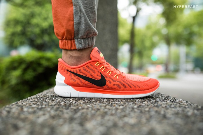 A Closer Look at the Nike Free 5.0 Bright Crimson/Total Orange