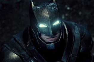 UPDATE: 'Batman v Superman: Dawn of Justice' Official Teaser Trailer