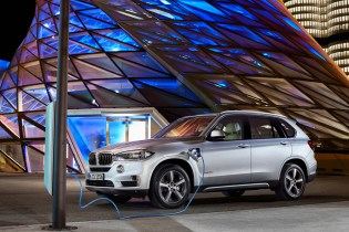 BMW to Produce Plug-In Hybrid Versions for All New Models