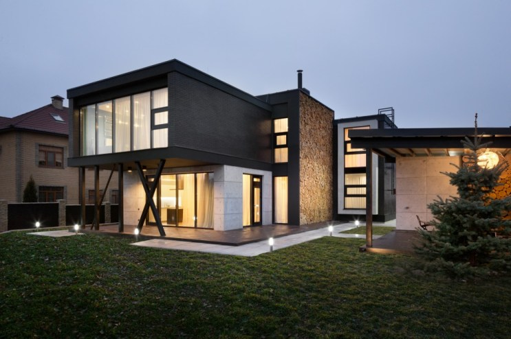 Buddy's House by Sergey Makhno