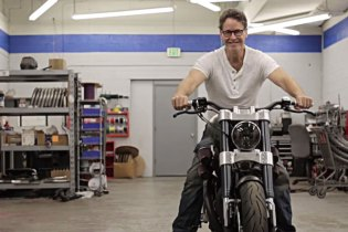 Confederate Motorcycles Transforms Bikes Into Art
