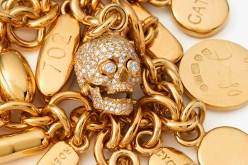 """Damien Hirst """"Pill"""" Jewelry Collection"""