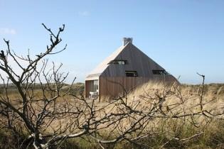 Dune House by Marc Koehler Architects
