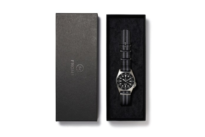 "fragment design 2015 Spring/Summer ""MELANISM"" Military Watch for the POOL aoyama"