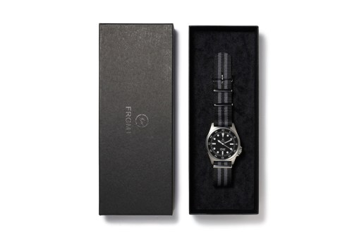 """fragment design 2015 Spring/Summer """"MELANISM"""" Military Watch for the POOL aoyama"""