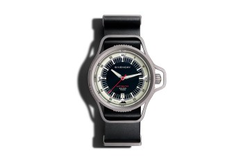 Givenchy Seventeen Titanium Automatic Edition