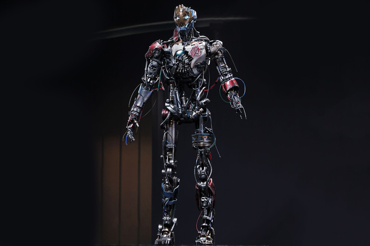 Hot Toys Avengers Ultron Mark I 1/6th Scale Collectible Figure