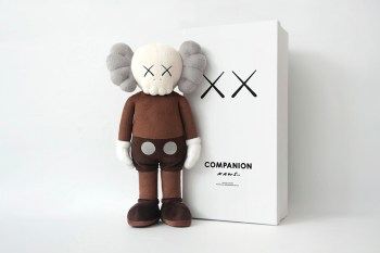 """KAWS """"CLEAN SLATE"""" @ Shanghai Times Square & Limited Edition Mini Plush Doll Collection"""
