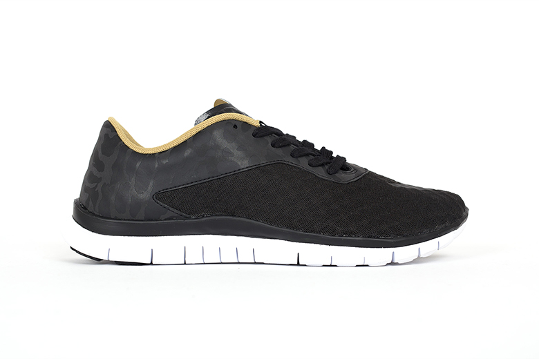 "Nike Free Hypervenom Low FC ""Black & Gold"""