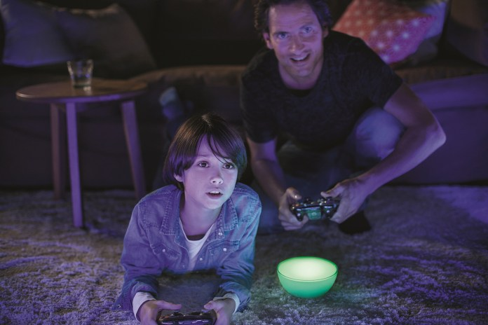 Philips Hue Go Integrates Its Innovative Designs in Versatile Portable Light