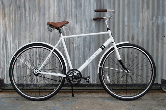 "rag & bone x Solé Launch Limited Edition ""Rialto City Cruiser Bicycle"" & Ride-Sharing Program"
