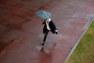 "senz ""Monsoon"" Storm-Proof Umbrella Collection"