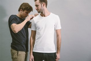 The ASKET T-Shirt Is a High Quality, Affordable White Tee With 15 Size Options