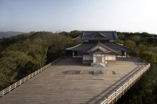 Tokujin Yoshioka's Kou-an Glass Tea House Reinterprets the Traditional Japanese Tea Ceremony