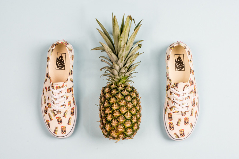 """Vans 2015 Spring/Summer Authentic """"Drained and Confused"""""""