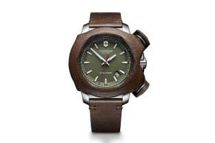 Victorinox Swiss Army Inox Remade Watch